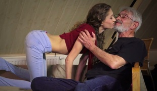 Dream beauty Rebel Lynn fucks old sugardaddy in arousing sex clip