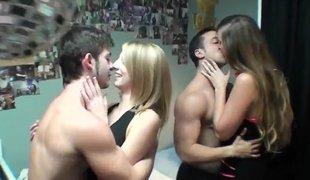 amatør tenåring kjønn amerikansk gruppe høyskole morsomt fest gal orgie