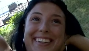 tsjekkisk amatør virkelighet synspunkt tenåring brunette oral utendørs blowjob offentlig