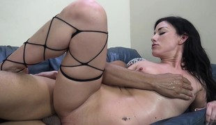 virkelighet brunette hardcore pornostjerne blowjob strømper små pupper interracial
