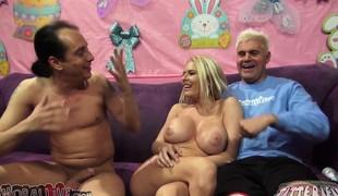 virkelighet blonde milf store pupper pornostjerne