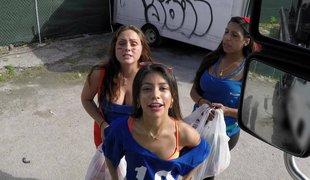 amatør virkelighet tenåring bakfra utendørs historie ass latina bil doggystyle