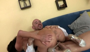 Veronica Avluv with big tits gets the fuck of her dreams with hard cocked guy Johnny Sins