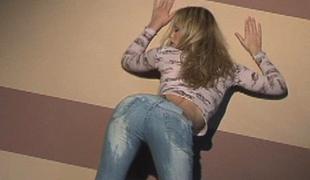blonde tynn jeans tease glamor