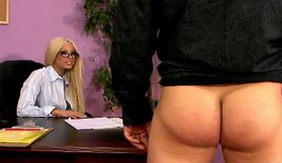 Hawt adult star Gina Lynn copulates with lucky guy in the office ALIVEGIRLcom