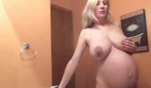 amatør blonde milf store pupper bad