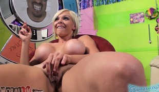 Stacked hottie Nikki Monroe exchanges oral job pleasures with a hung stud