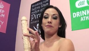 virkelighet brunette pornostjerne onani fingring leketøy solo