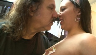 naturlige pupper brunette hardcore blowjob fetish bikini par orgasme misjonær doggystyle