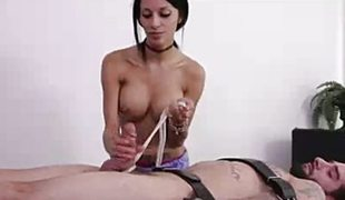 amatør brunette massasje handjob runking tugjob