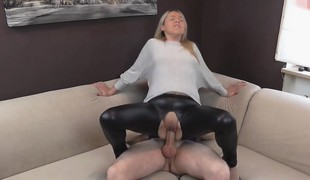 amatør virkelighet blonde hardcore blowjob casting hd