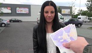 tsjekkisk penger amatør european virkelighet synspunkt tenåring bakfra brunette søt