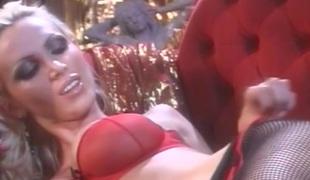 lesbisk store pupper fetish strømpebukse BH fishnet foot fetish falske pupper