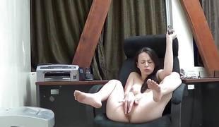 tenåring brunette onani dildo leketøy solo webkamera striptease erting
