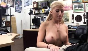 virkelighet babe blonde store pupper blowjob