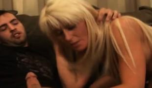 blonde hardcore milf dobbel penetrasjon gangbang blowjob fingring handjob barmfager