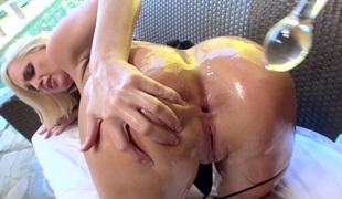 tenåring puppene anal blonde stor rumpe milf store pupper fingring ass husmor