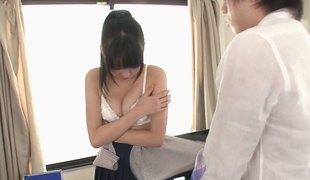 hardcore slikking blowjob lingerie asiatisk handjob par japansk cowgirl misjonær