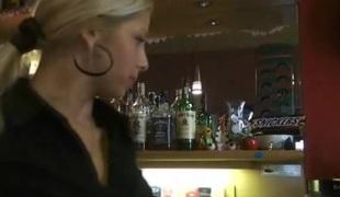 tsjekkisk amatør virkelighet synspunkt tenåring blonde oral blowjob offentlig hjemmelaget