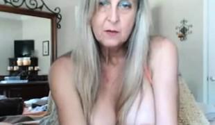 amatør blonde store pupper onani leketøy moden webkamera