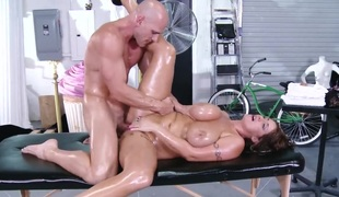 Hawt tramp Eva Notty is in fucking ecstasy with hard dicked fuck buddy Johnny Sins