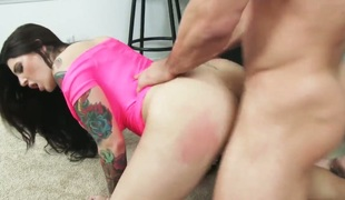 Johnny Castle pops out his dick to fuck exceedingly horny Darling Danikas slit