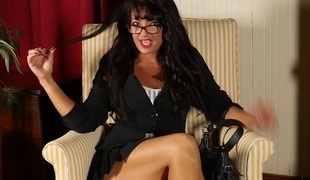 Hot American housewife playing with herself