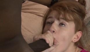 amatør virkelighet store pupper blowjob sædsprut interracial rødhårete doggystyle hd